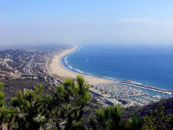 Трансфер Барселона Кастельдефельс, Гава - тихие и спокойные пляжи